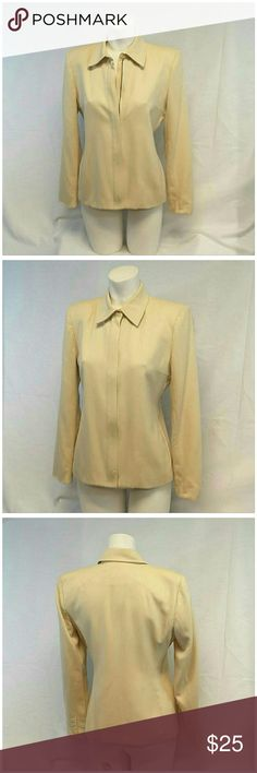 """FREE SHIPPING OFFER $6 LESS ON BUNDLE!  size 4 LAUREN RALPH LAUREN, Made In USA, Wool Blazer, size 4 See Measurements, fully lined, 3"""" horizontal bust darts, 4 decorative buttons on sleeve hem, side seam pockets, shoulder pads, front top center button above full front zipper closure, 100% worsted wool, lining 100% polyester, approximate measurements: 25"""" length shoulder to hem, 16"""" bust laying flat, 23"""" sleeves, 14 1/2"""" width shoulder seam to shoulder seam. ADD TO A BUNDLE! 20% BUNDLE…"""
