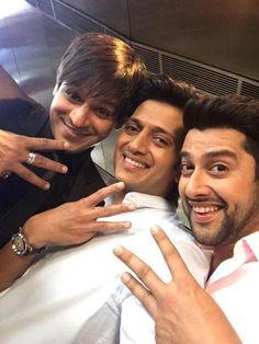 Riteish - Vivek - Aftab: The Trio Kick Start Shooting For #GreatGrandMasti