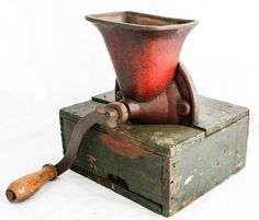 Bekijk dit items in mijn Etsy shop https://www.etsy.com/nl/listing/285363411/antique-no-2-coffee-grinder-rare-grain