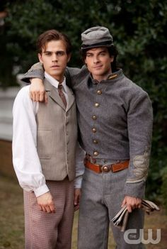 """Lost Girls"" - Paul Wesley as Stefan and Ian Somerhalder as Damon in THE VAMPIRE DIARIES on The CW.  Photo: Bob Mahoney/The CW  ©2009 The CW Network, LLC. All Rights Reserved."