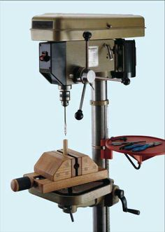 Magnetic drill press vice. Nice!