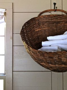 Nora Murphy Country House - Live What You Love, Love Where You Live. basket filled with dish towels in the kitchen or hand towels for the bathroom Towel Storage, Storage Baskets, Bathroom Storage, Sisal, Ux Design, Linen Baskets, Wicker Baskets, Harvest Basket, French Baskets