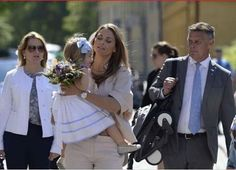 BABYZEN YOYO+ never goes out without her bodyguard! Princess Madeleine of Sweden and her bodyguard
