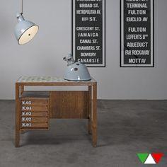Tavolo da dattilografo vintage di HMitaliandesign su Etsy