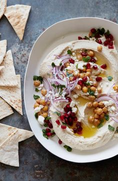 Loaded Hummus from www. (What's Gaby Cooking) This Picture by whatsgabycookin The Recipe can be found HERE Vegetarian Recipes, Cooking Recipes, Healthy Recipes, Milk Recipes, Cooking Tips, Salad Recipes, Comida Armenia, Tapas, Whats Gaby Cooking
