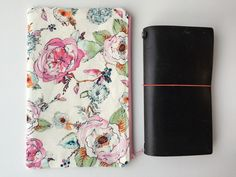 Planner Bag - Traveler's Notebook - Midori - Moleskine - Leuchtturm - TN bag - TN Pouch - Journal Bag - Personal Planner - Chic Sparrow by LowlandOriginals on Etsy Travelers Notebook, Moleskine, Insta Makeup, Makeup Junkie, Pouch, Journal, Chic, Fabric, How To Make