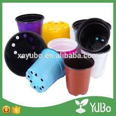 Small Flower Pots, Plastic Flower Pots, Flower Planters, Planter Pots, Photo Holders, Diy Photo, Home And Garden, Flowers, Plastic Planters