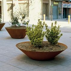 COR-TEN® steel planter / round / traditional / for public areas
