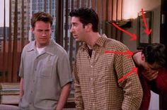 "You've Probably Never Noticed Matt LeBlanc Breaking Character In This ""Friends"" Scene"
