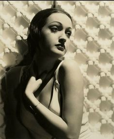 Dorothy Lamour, Nancy Cunard, Diana Cooper, Head Angles, Retro Photography, Josephine Baker, Hooray For Hollywood, Jean Harlow, Glamour