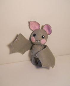Un feutre little bat bébé peluche peluche par SouthernGothica