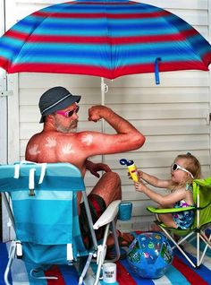 Funny Photo Series Depicts Father And Daughter In Amusing Scenarios - DesignTAXI.com