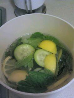 Mint, cucumber, lemon detox drink