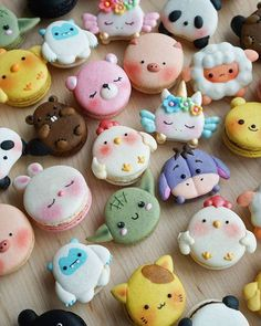 These Animal Macarons Turn The Classic French Pastry Into Adorable Edible Zoo desserts, These Animal Macarons Turn The Classic French Pastry Into Adorable Edible Zoo Disney Desserts, Cute Desserts, Disney Food, Dessert Recipes, Baking Recipes, Baking Desserts, Gourmet Desserts, Classic Desserts, Health Desserts
