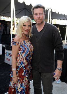 Tori Spelling and Dean McDermott Take Showers With The Entire Family...Cute or Creepy??