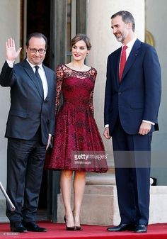 French President Francois Hollande welcomes King Felipe VI and Queen Letizia of Spain prior to a dinner at the Elysee Palace on June 2, 2015 in Paris, France. Felipe VI and Queen Letizia of Spain are on a three-day visit in France.