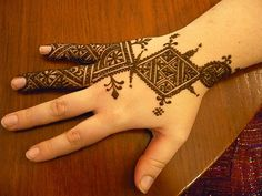 Henna I did on Heather when we hung out a few weeks ago. Arabic Bridal Mehndi Designs, Modern Henna Designs, Henna Designs Feet, Mehndi Designs For Girls, Mehndi Art Designs, Latest Mehndi Designs, Simple Mehndi Designs, Mehndi Images, Bridal Henna