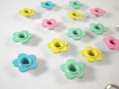 3/16 Eyelets pastel Daisy for scrapbooking,craft,sewing project and much more-50 pc