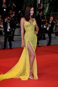 Cannes 2017: Irina Shayk w sukni Atelier Versace