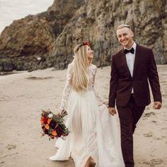 long-sleeve-modest-wedding-dresses