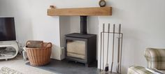 Town and Country Pickering with oak beam and extra wide hearth