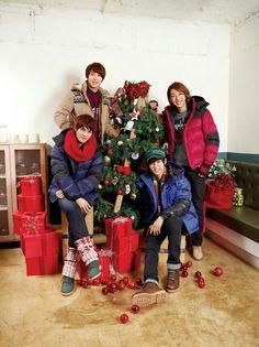 Korea Boy, Asia, Cnblue, You're Beautiful, Christmas Sweaters, Merry Christmas, Holiday Decor, Painting, Korean