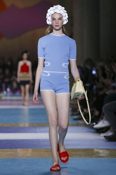 Miu Miu Fashion Show Ready to Wear Collection Spring Summer 2017 in Paris
