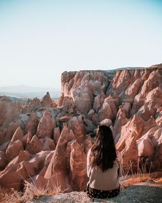 Cappadocia was everything I imagined it to be and more. 😍I've never been somewhere that was straight out of a dream and this landscape definitely had me feeling like I was on some other planet. Cappadocia Balloon, Cappadocia Turkey, Capadocia, Balloon Rides, Girl Meets World, Turkey Travel, Greece Travel, Travel Guides, Wander