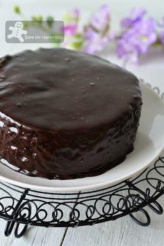 Violet Kwan Lana Chocolate Steamed Cake