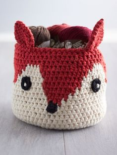 Crochet Foxy Stash Basket Free Pattern - 50 Free Crochet Fox Patterns - Crochet Fox Hat - Page 3 of 3 - DIY & Crafts Crochet Storage, Crochet Gratis, Crochet Amigurumi, Crochet Home, Knit Or Crochet, Cute Crochet, Crochet Bags, Knitting Storage, Learn Crochet