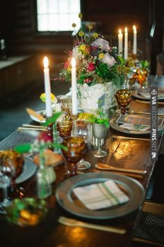 romantic table setting // photo by Christina Lilly // styling by Gilded Lily Events | VIA #WEDDINGPINS.NET
