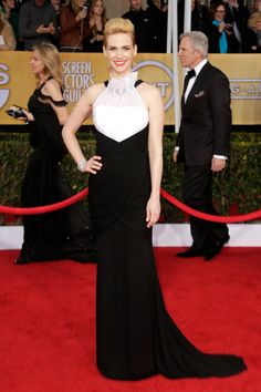 January Jones: ok, month is right! Dress....almost #SAGAwards #STYLAMERICAN