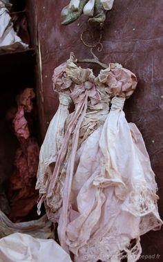 Casse Noisette; l'Armoire des jouets Une robe de bal....en papier maché Natacha Miéra l-Merveilles en papiers-