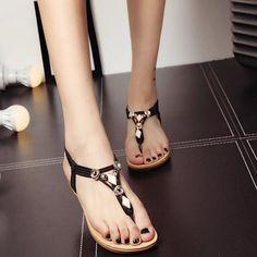 32f0ac7b57a4 2016 Fashion Summer Metal Decorative Flat Heel Clip Toe Women Shoes Brand  Trade Large Size Sandals