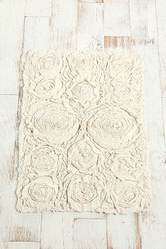 DIY: make a knock-off of this UrbanOutfitters > Bed Of Roses Bath Mat