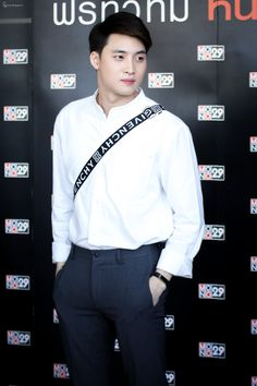 #m34nismind #MeanPhiravich Actors, How To Plan, Hair Styles, Tin, Change, Artists, Tin Metal, Actor, Hairdos