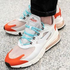Nike Air Max, Nike Zoom, Under Armour, Air Max Sneakers, Sneakers Nike, Air Max 270, Light Beige, Design Show, Red And Blue