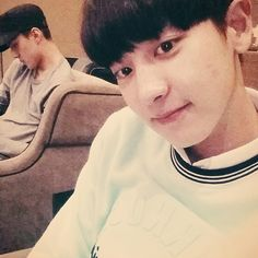 140702 Chanyeol's IG Update with Sehun in the back: See you again hongkong~~~~ #mint #freiknock