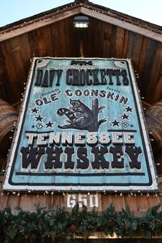 Davy Crocketts Ole' Coonskin Tennessee Whiskey - Made in The Smoky Mountains - Original Recipe #gatlinburg