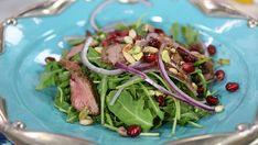 Warm shawarma salad on arugula with pomegranate vinaigrette- Suzanne Husseini - Marilyn Healthy Meats, Healthy Salads, Healthy Recipes, Healthy Dinners, Delicious Recipes, Winter Salad, Shawarma, Arugula