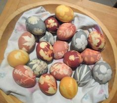 Plant dyed eggs stenciled with leaves and flowers - non toxic, all natural great nature craft project for kids!