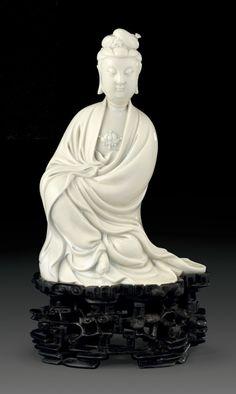 A Dehua figure of Guanyin, 17th century