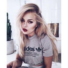 Angelica Blick @angelicablick Instagram profile - Pikore