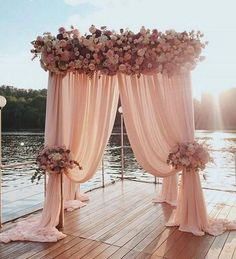 Dusty rose is a kind of elegant and soft color and popular used in weddings. Here are some fabulous dusty rose wedding color ideas, from ceremony decorations to bridesmaid dresses and wedding bouquets, which will take your breath away! Dusty Pink Weddings, Dusty Rose Wedding, Floral Wedding, Wedding Colors, Fall Wedding, Wedding Bouquets, Wedding Ceremony, Wedding Flowers, Wedding Beach