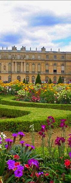 Palace of Versailles in France • photo: jasonb42882 on Flickr