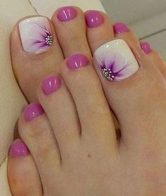 Summer is about to over so we wanted to gather the best toe nail art ideas that . - - Summer is about to over so we wanted to gather the best toe nail art ideas that can inspire you this month. Different colors and nail designs can be. Pretty Toe Nails, Cute Toe Nails, Fancy Nails, Toe Nail Art, Gorgeous Nails, My Nails, Purple Toe Nails, Pretty Pedicures, Pink Toes