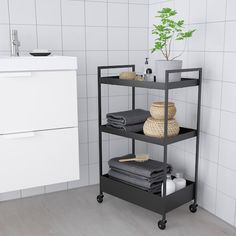 NISSAFORS Utility cart IKEA Perfect for use in your kitchen, bathroom or where you need some extra storage space. Kitchen Island Trolley, Kitchen Cart, Kitchen Islands, Bathroom Cart, Bathroom Storage, Ikea Kitchen Storage, Catalogue Ikea, Ikea Cart, Ikea Trolley