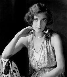 Edward STEICHEN :: Actress Constance Talmadgeent. 1924