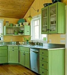 Refresh Your Kitchen with These Colorful Cabinetry Ideas Light and cheery spring green kitchen. It's too bright for me to actually live with, but I like the style of the cabinetry in addition to the freshness. Country Kitchen, New Kitchen, Kitchen Decor, Kitchen Ideas, Happy Kitchen, 1930s Kitchen, Long Kitchen, Kitchen Rustic, Summer Kitchen