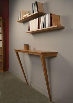 Home/Furniture Design Inspiration - The Urbanist Lab - Console en chêne massif et deux étagères murales.